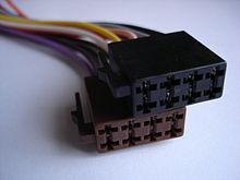 Разъем ISO 10487 для подключения магнитолы